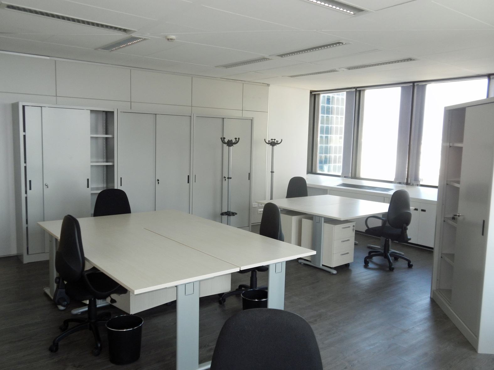 Arredamento ufficio genova affordable mobili per ufficio for Arredamento negozi genova